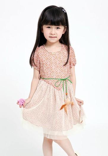 雅与可爱儿童模特