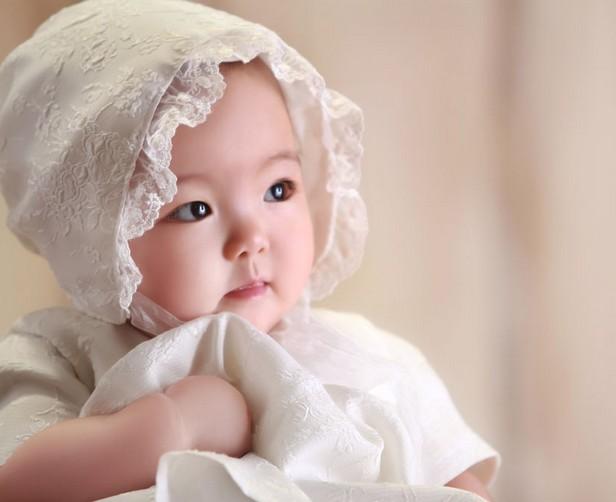 两个宝宝都非常漂亮可爱